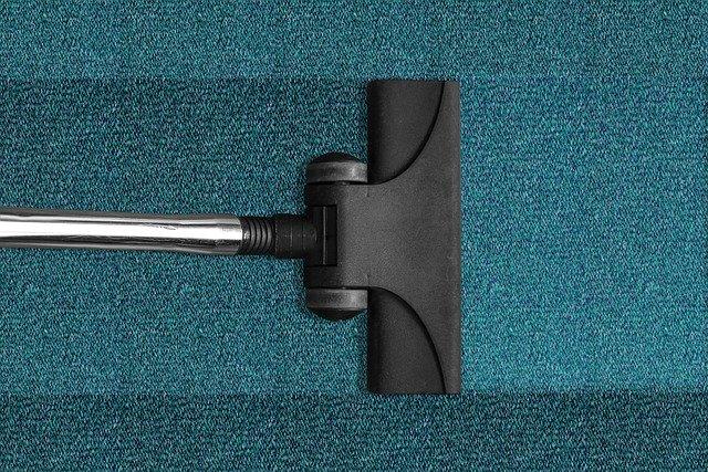 Progettazione e realizzazione di accessori per gli aspirapolvere