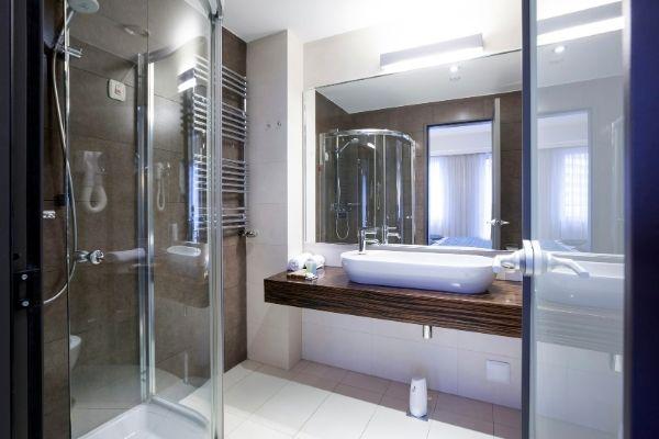 Guida fai da te su come sostituire le guarnizioni del box doccia