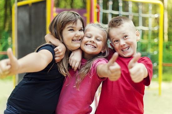 Arriva la Bella Stagione, ecco i giochi da far fare all'aperto ai tuoi bambini.
